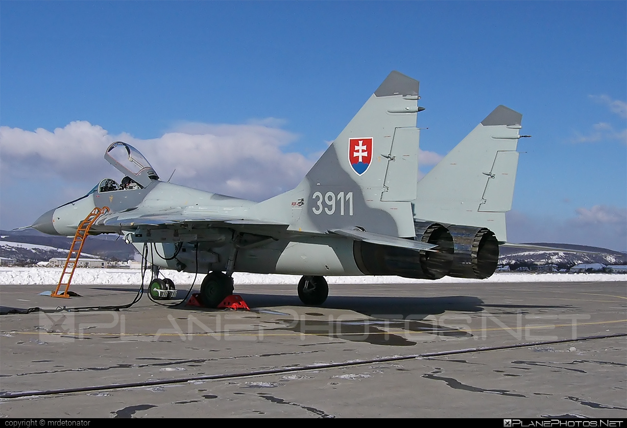 3911 - Mikoyan-Gurevich MiG-29A operated by Vzdušné sily OS SR (Slovak Air  Force) taken by mrdetonator