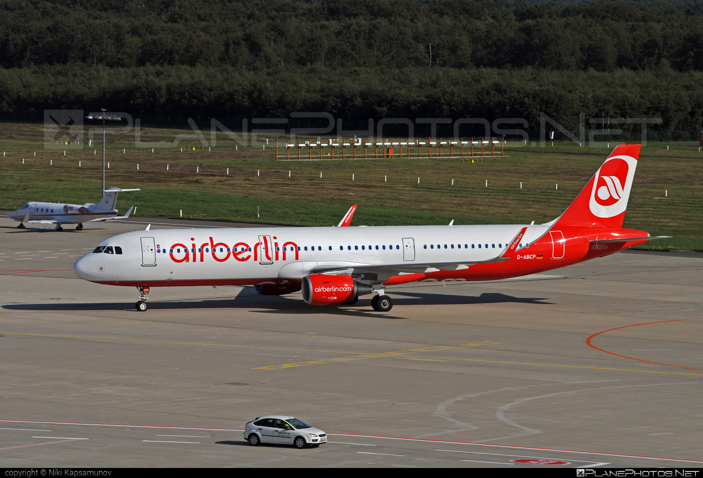 Airbus A321-211 - D-ABCP operated by Air Berlin #a320family #a321 #airberlin #airbus #airbus321