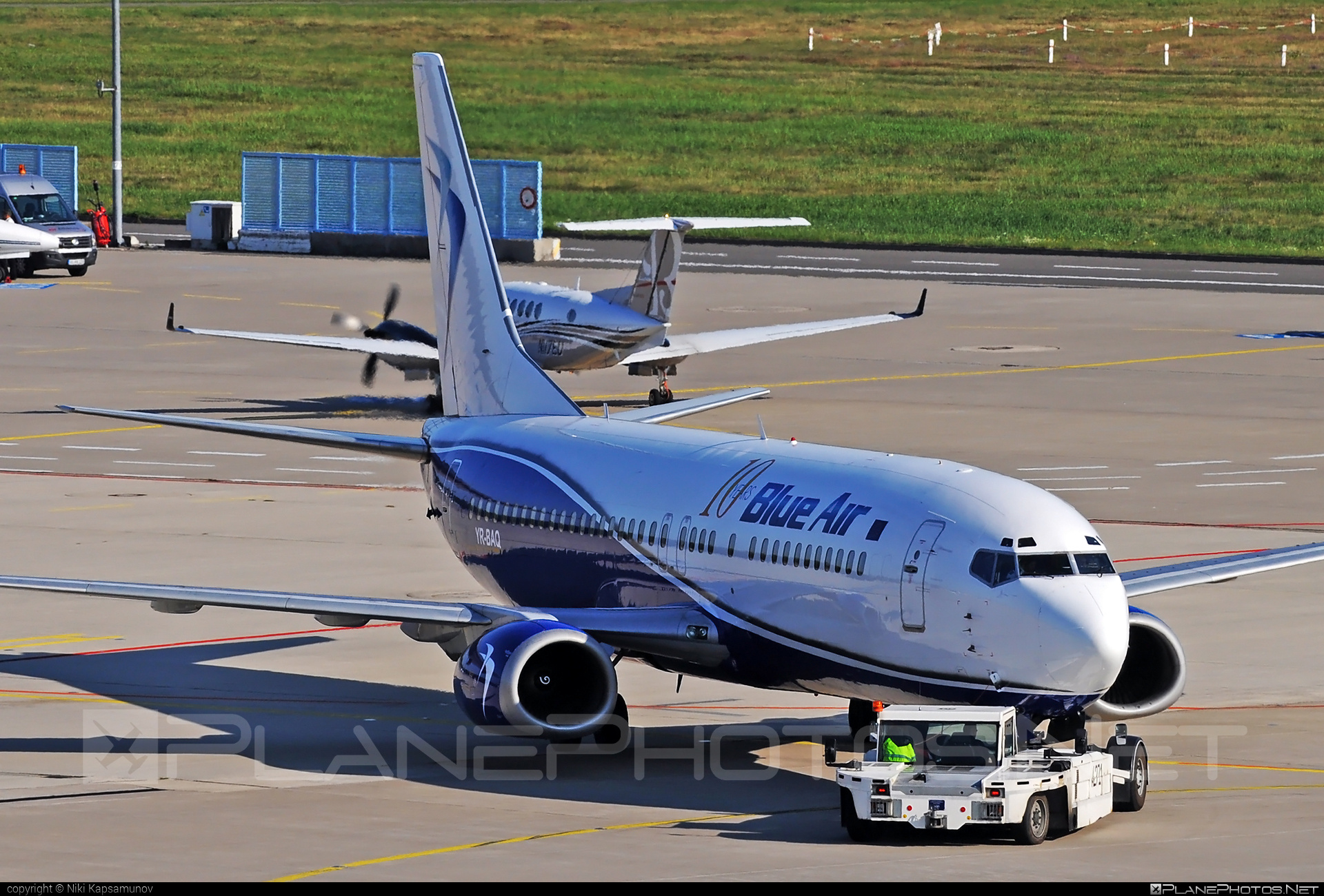Boeing 737-400 - YR-BAQ operated by Blue Air #b737 #boeing #boeing737