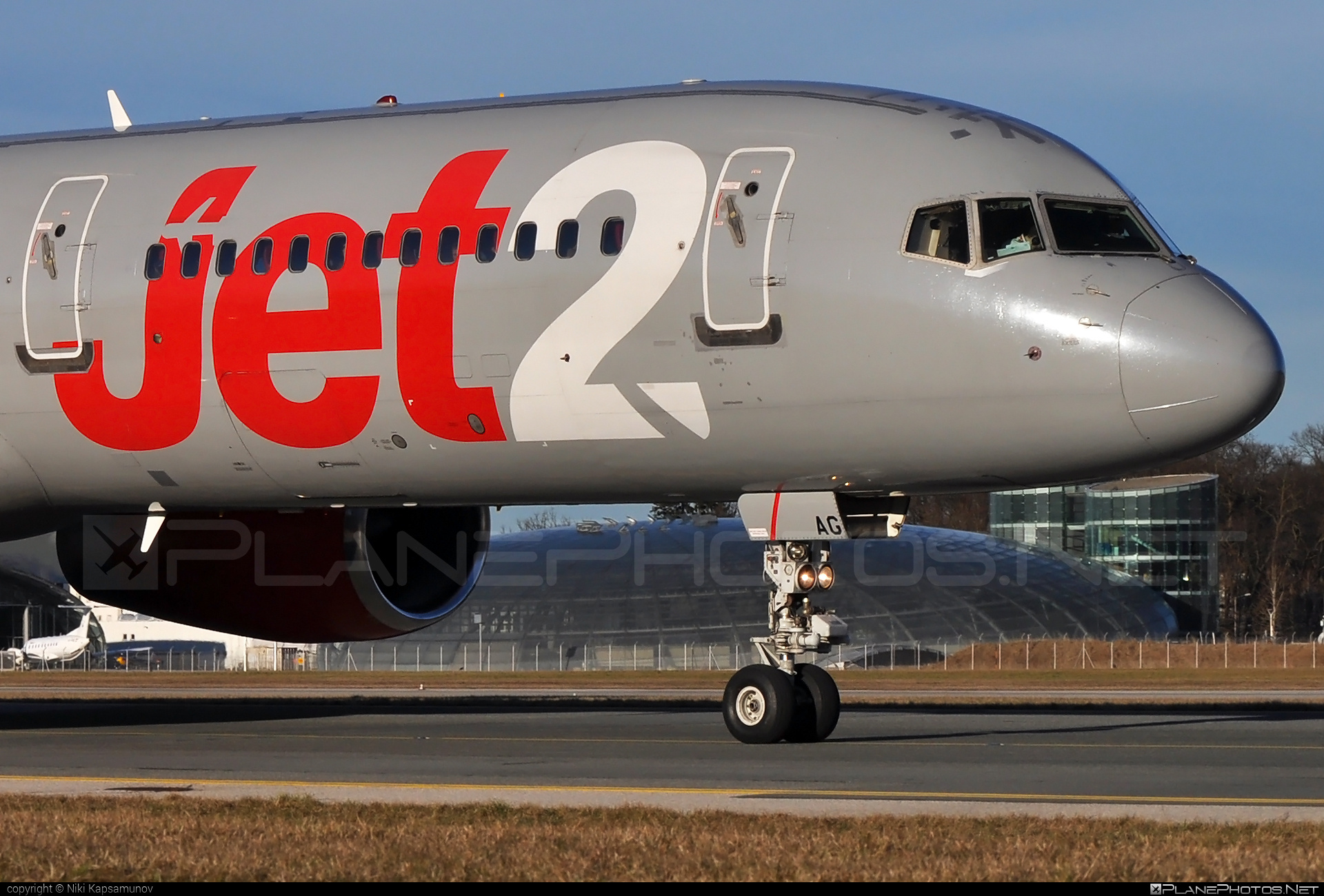 Boeing 757-200 - G-LSAG operated by Jet2 #b757 #boeing #boeing757 #jet2