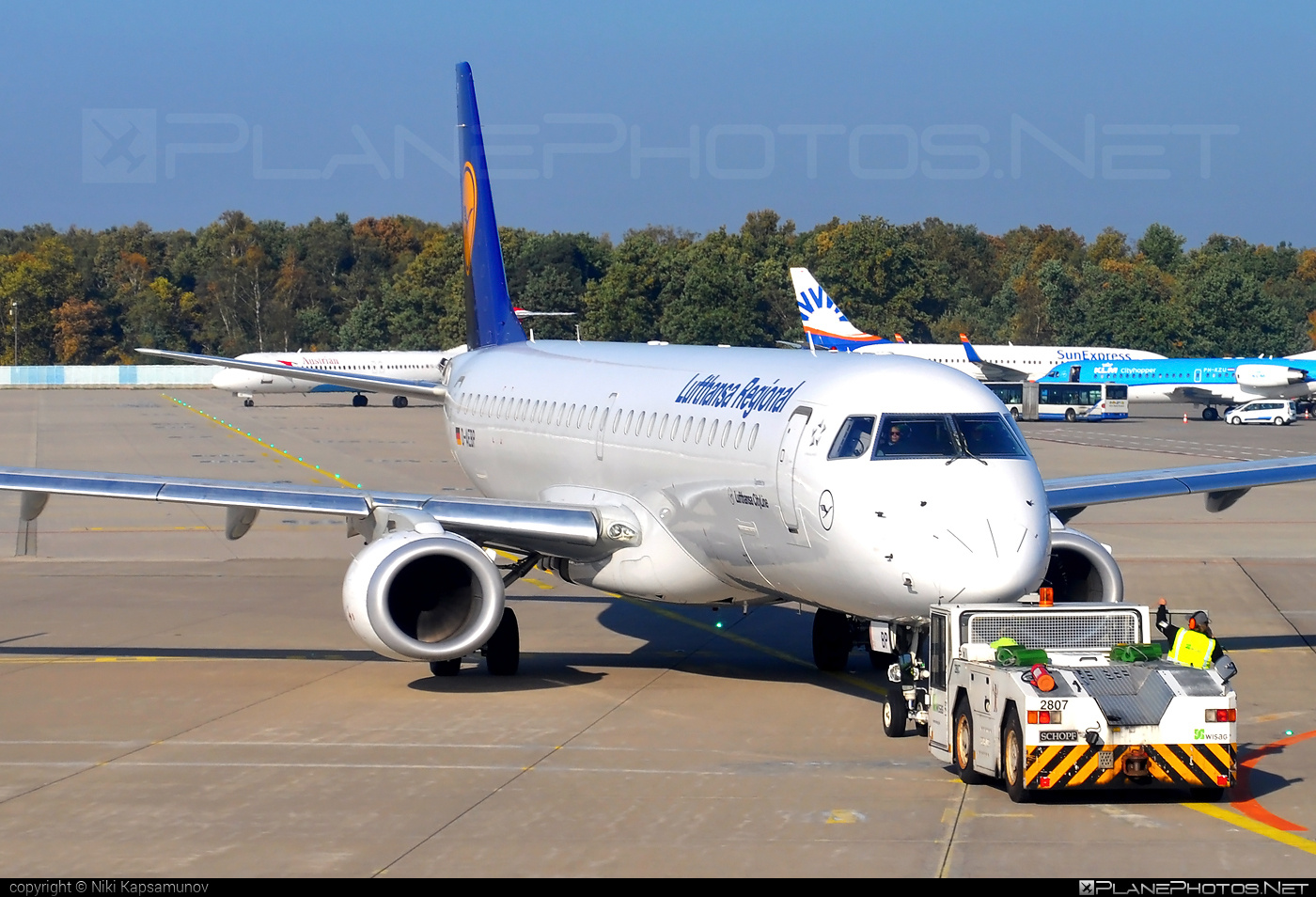 Embraer E195LR (ERJ-190-200LR) - D-AEBP operated by Lufthansa Regional (CityLine) #e190 #e190200 #e190200lr #e195lr #embraer #embraer190200lr #embraer195 #embraer195lr
