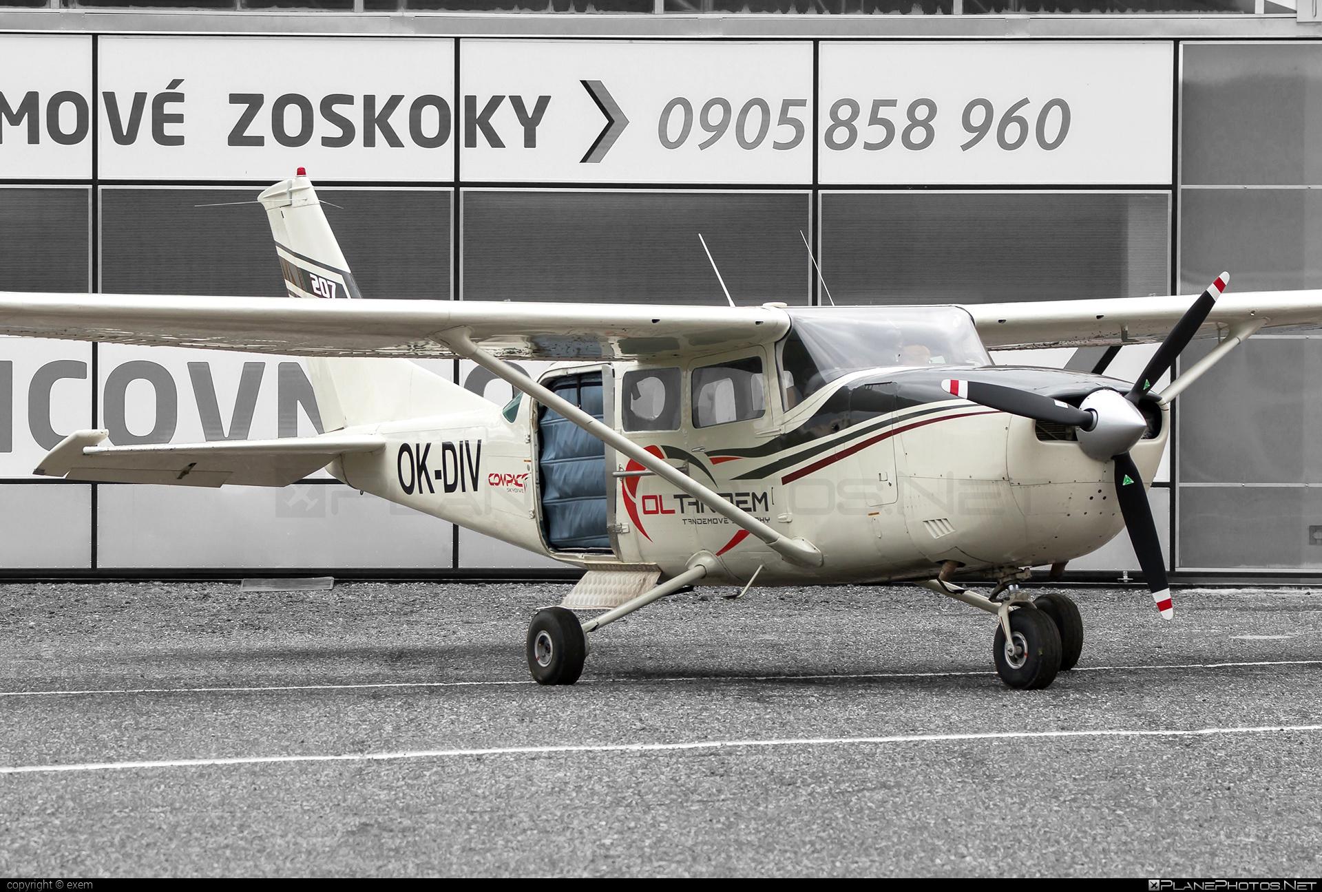 Cessna 207 Skywagon - OK-DIV operated by Private operator #cessna