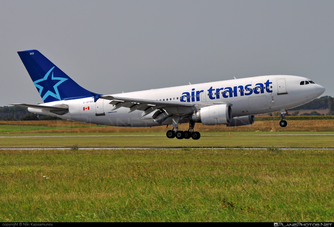 Airbus A310-304 - C-GTSH operated by Air Transat #a310 #airbus