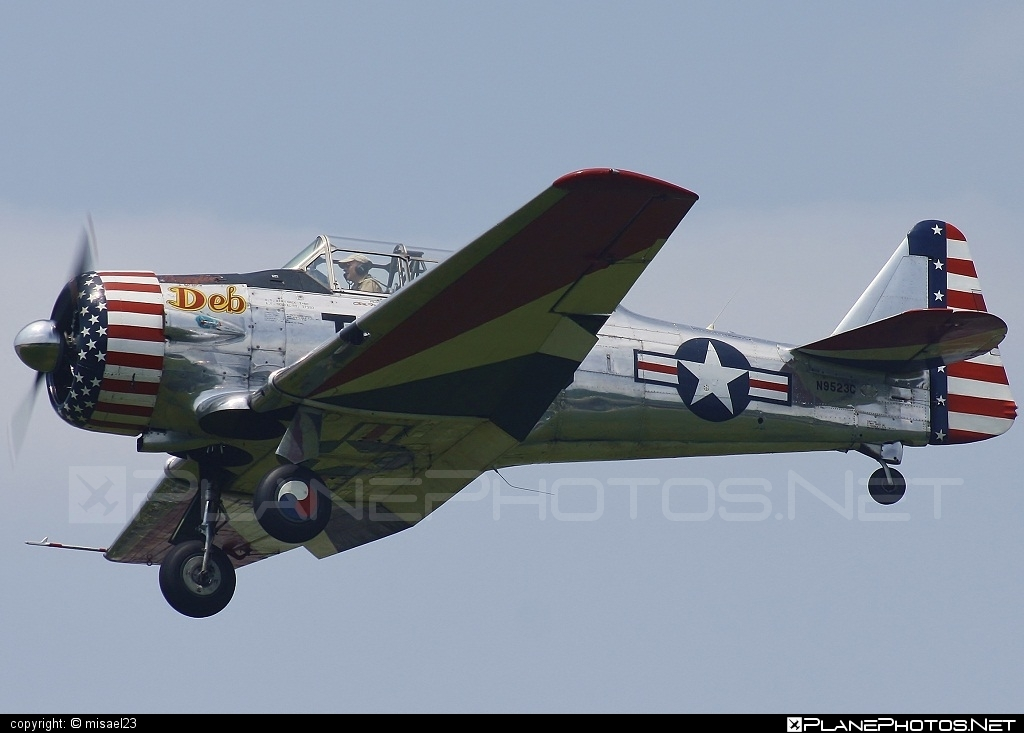 North American SNJ-4 Texan - N9523C operated by Private operator #northamerican