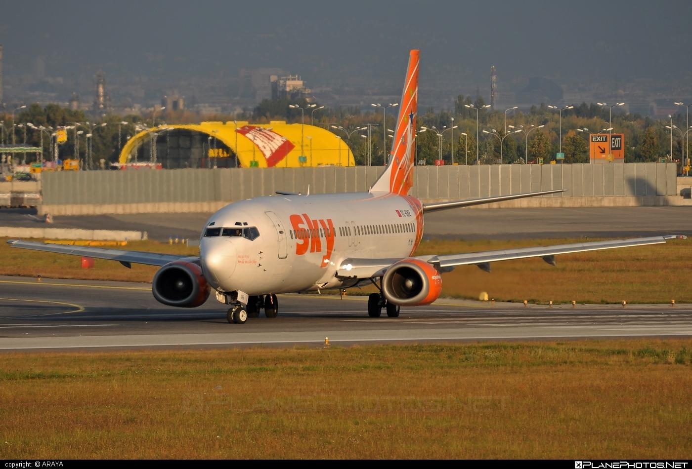 Boeing 737-400 - TC-SKE operated by Sky Airlines #b737 #boeing #boeing737