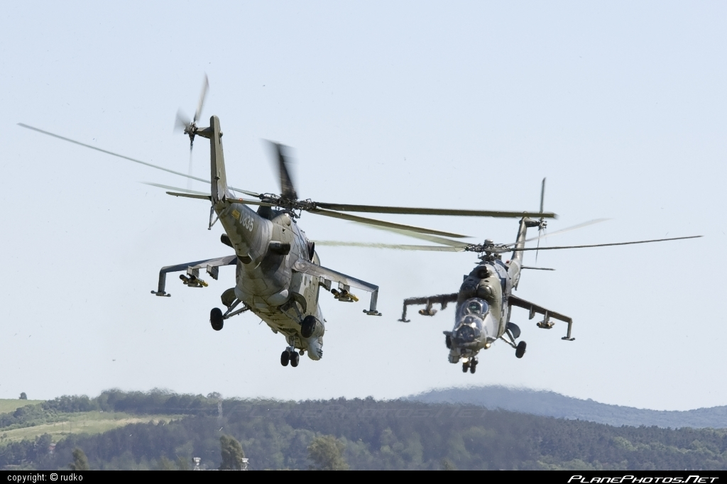 Mil Mi-24V - 0835 operated by Vzdušné síly AČR (Czech Air Force) #czechairforce #mi24 #mi24v #mil #mil24 #mil24v #milhelicopters #vzdusnesilyacr