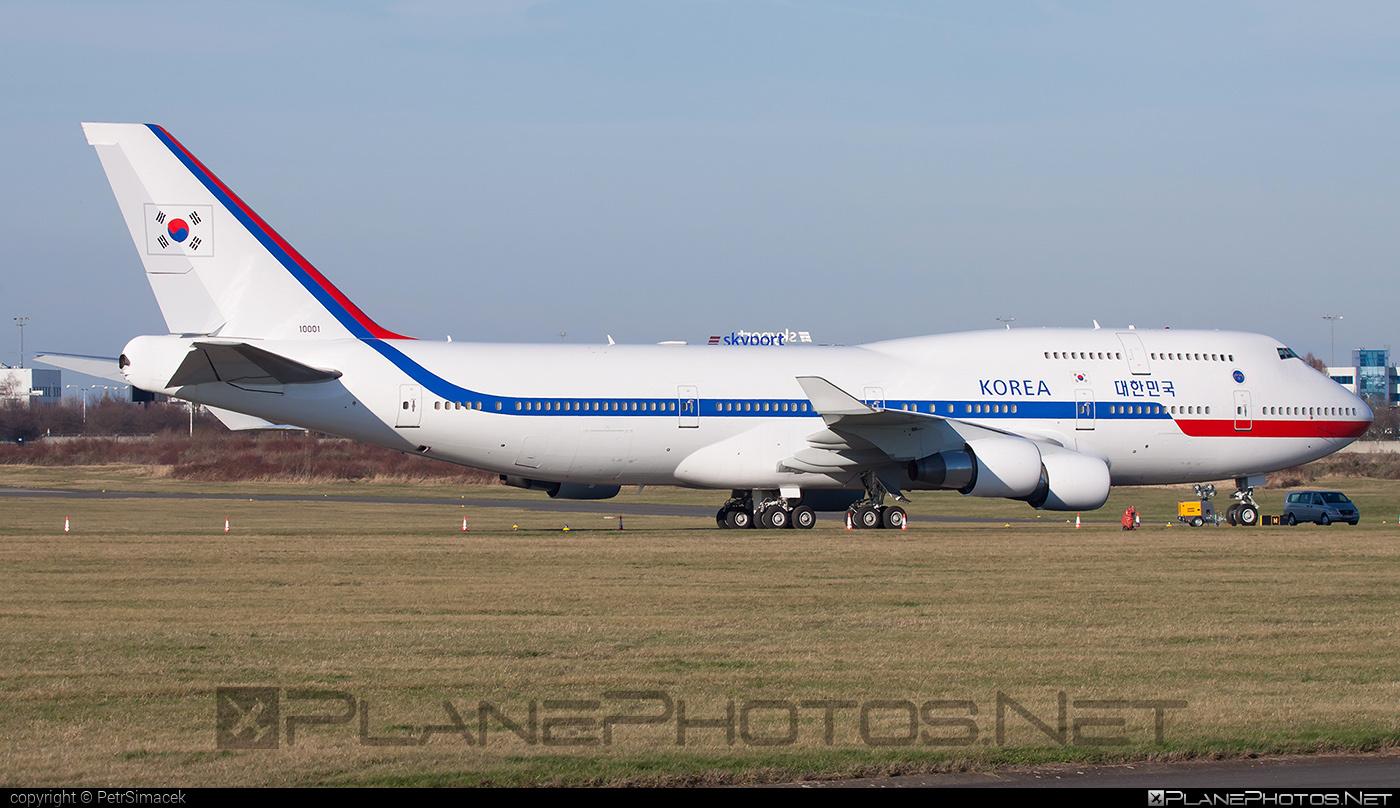 Boeing 747-400 - 10001 operated by Daehanminguk Gong-gun (Republic of Korea Air Force) #b747 #boeing #boeing747 #jumbo