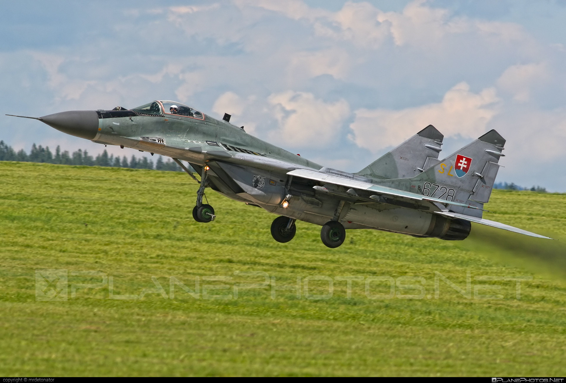 Mikoyan-Gurevich MiG-29AS - 6728 operated by Vzdušné sily OS SR (Slovak Air Force) #mig #mig29 #mig29as #mikoyangurevich #slovakairforce #vzdusnesilyossr