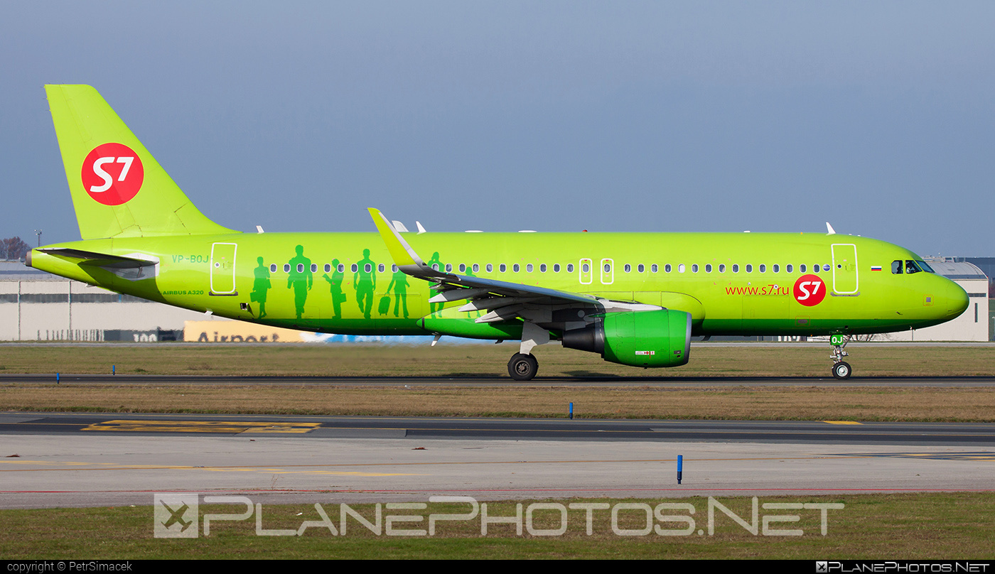 Airbus A320-214 - VP-BOJ operated by S7 Airlines #a320 #a320family #airbus #airbus320