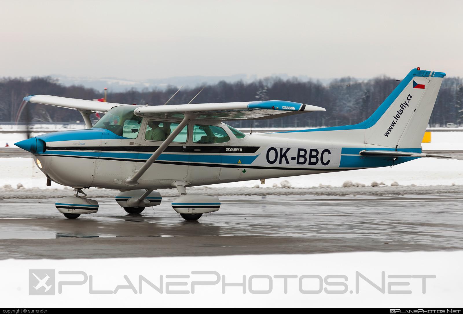LET´S FLY Cessna 172N Skyhawk II - OK-BBC #cessna