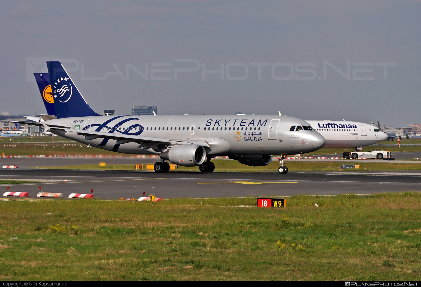 Airbus A320-214 - HZ-ASF operated by Saudi Arabian Airlines #a320 #a320family #airbus #airbus320 #skyteam