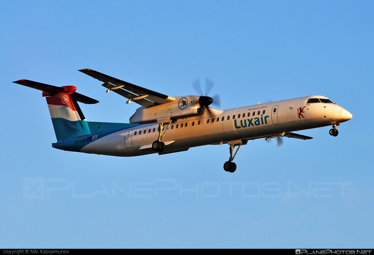 Bombardier DHC-8-Q402 Dash 8 - LX-LGE operated by Luxair #bombardier #dash8 #dhc8 #dhc8q402