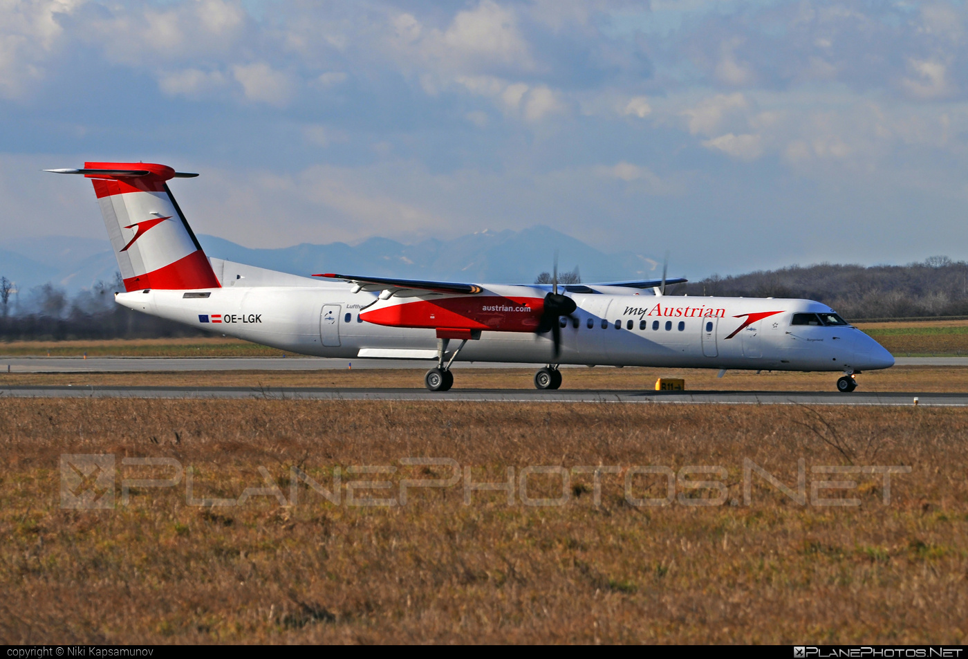 Bombardier DHC-8-Q402 Dash 8 - OE-LGK operated by Austrian arrows (Tyrolean Airways) #bombardier #dash8 #dhc8 #dhc8q402