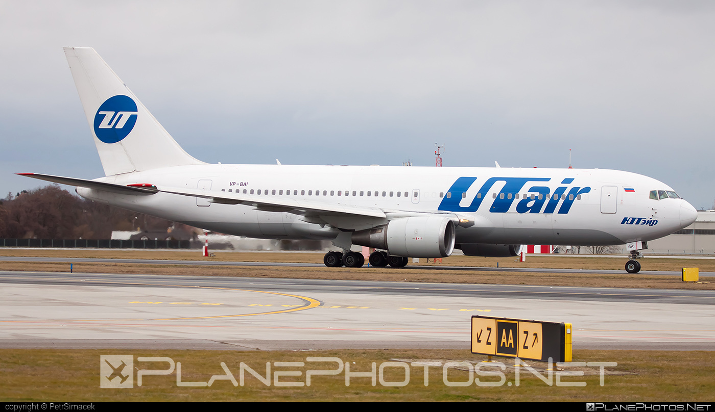 UTair Aviation Boeing 767-200ER - VP-BAI #b767 #b767er #boeing #boeing767