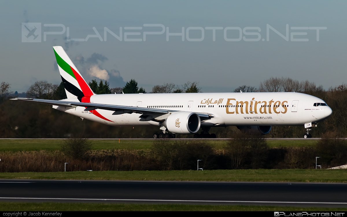 Boeing 777-300ER - A6-EGM operated by Emirates #b777 #b777er #boeing #boeing777 #emirates #tripleseven