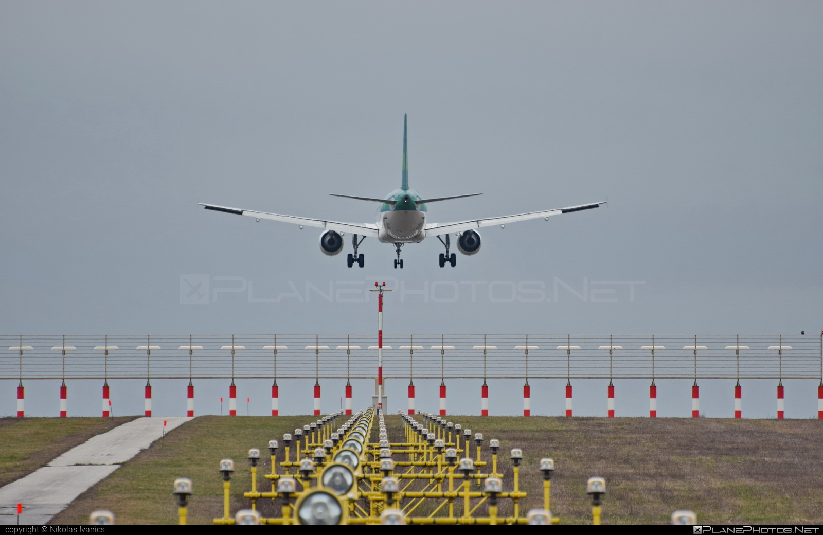 Airbus A320-214 - EI-DEP operated by Aer Lingus #a320 #a320family #aerlingus #airbus #airbus320