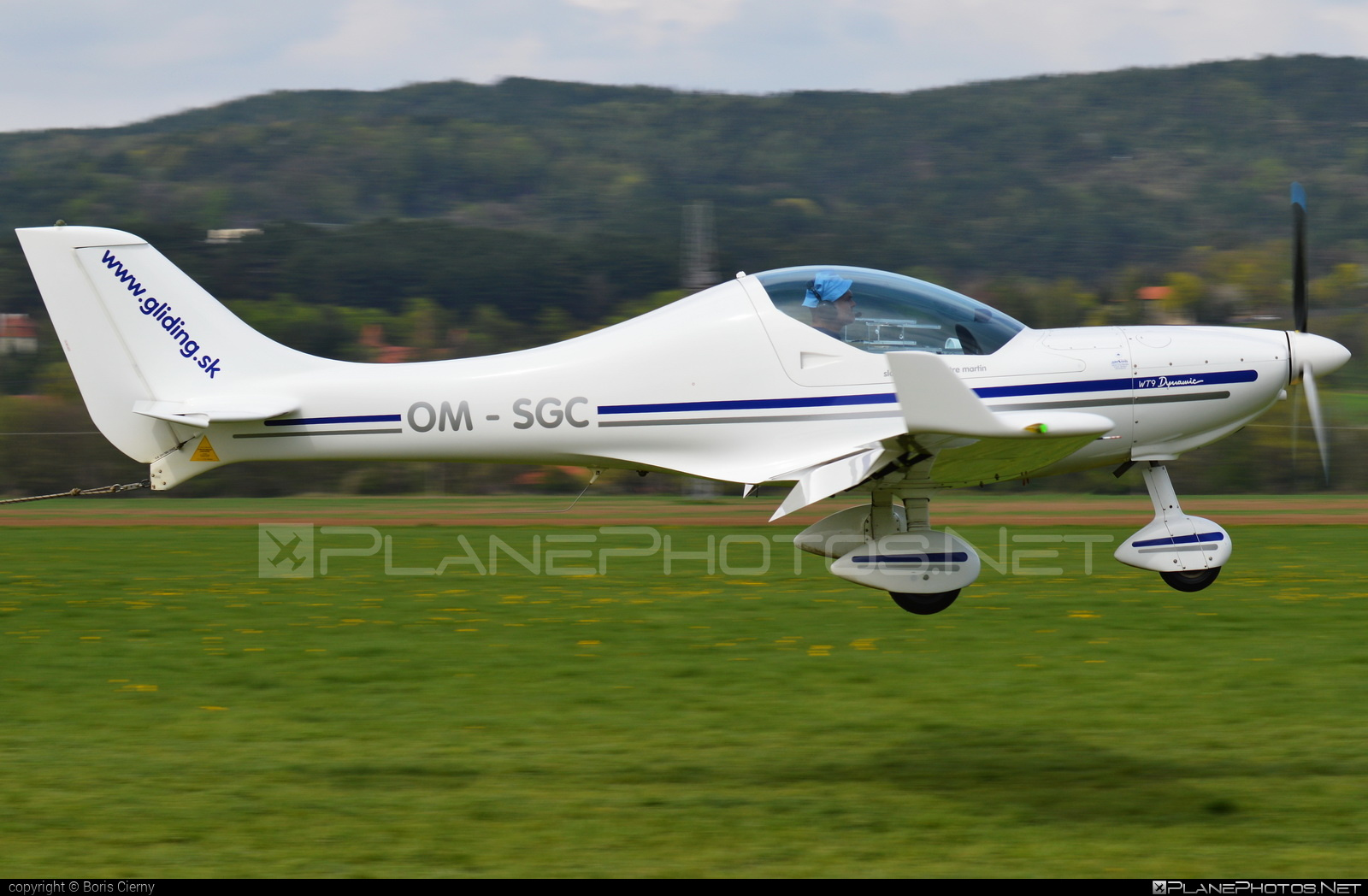 Aerospool WT9 Dynamic - OM-SGC operated by Private operator #aerospool #wt9 #wt9dynamic