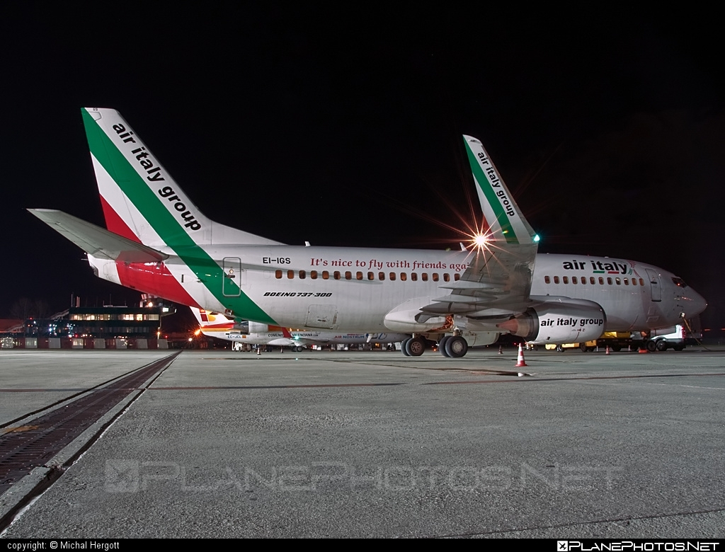 Boeing 737-300 - EI-IGS operated by Air Italy #b737 #boeing #boeing737