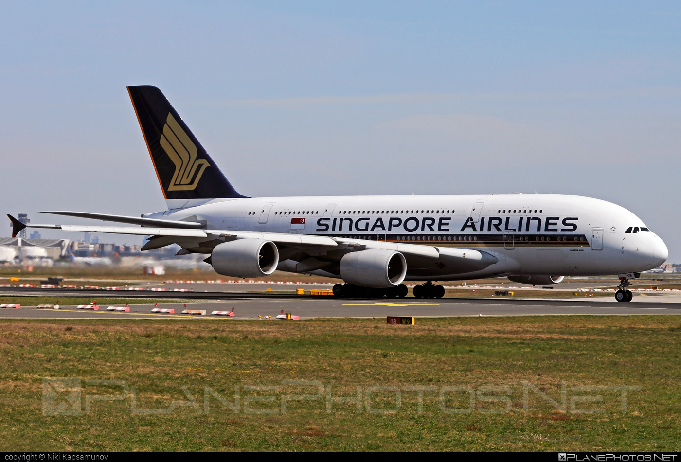 Airbus A380-841 - 9V-SKM operated by Singapore Airlines #a380 #a380family #airbus #airbus380 #singaporeairlines