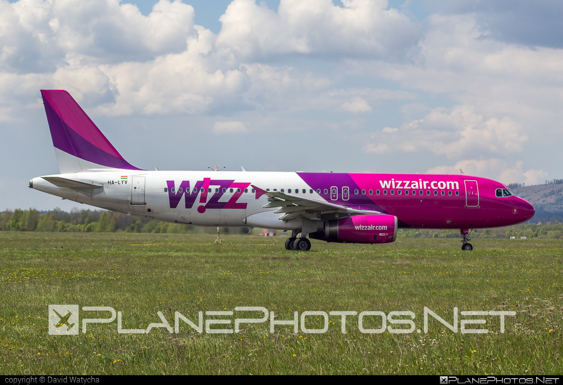 Airbus A320-232 - HA-LYV operated by Wizz Air #a320 #a320family #airbus #airbus320 #wizz #wizzair