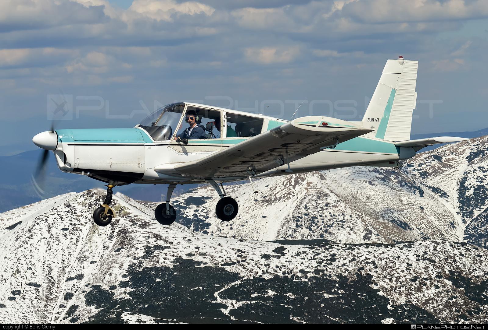 Zlin Z-43 - OM-FOO operated by Slovenský národný aeroklub (Slovak National Aeroclub) #z43 #zlin #zlin43