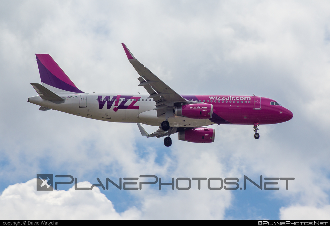 Airbus A320-232 - HA-LYL operated by Wizz Air #a320 #a320family #airbus #airbus320 #wizz #wizzair