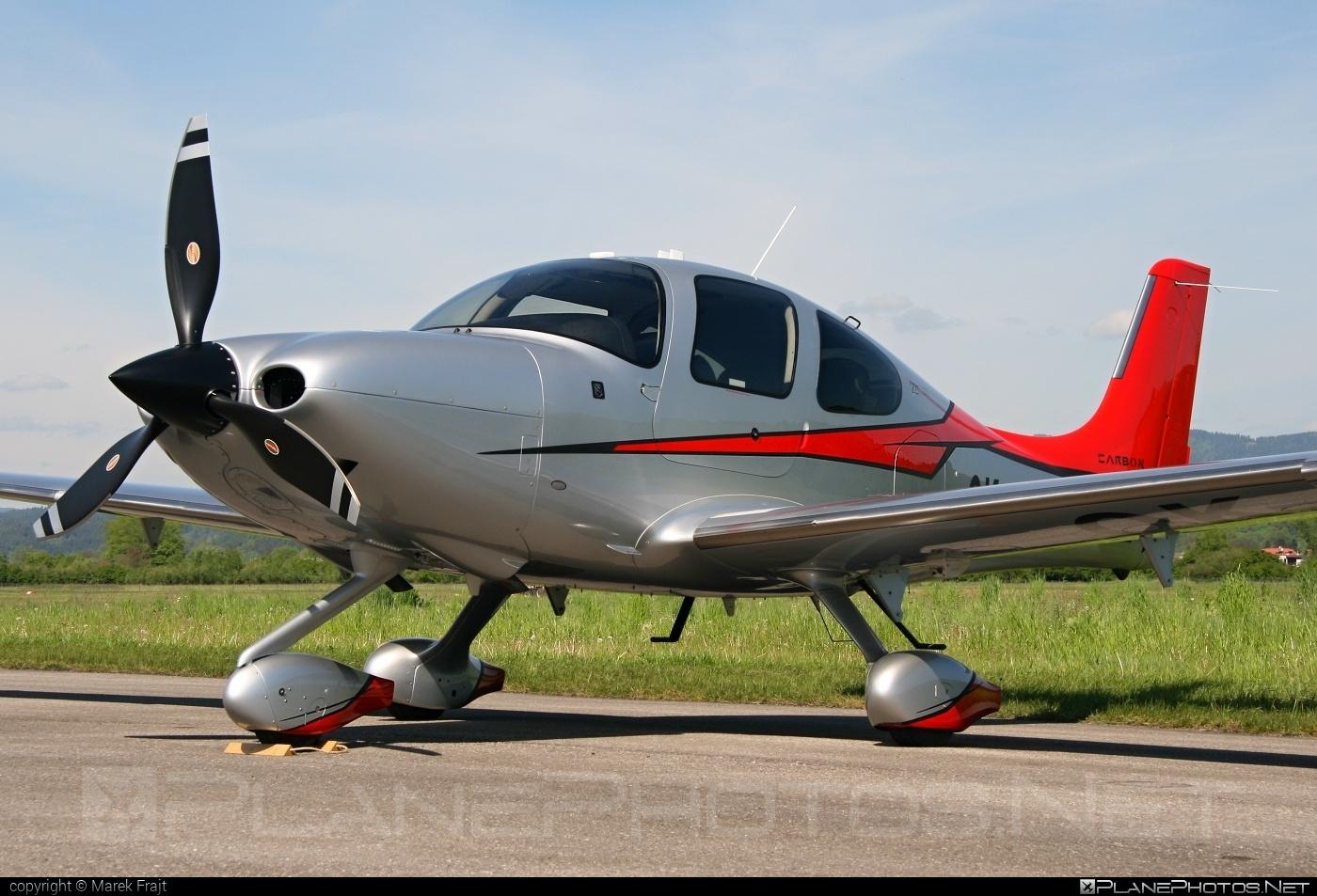 Cirrus SR22T GTS - OK-SMI operated by Private operator #cirrus