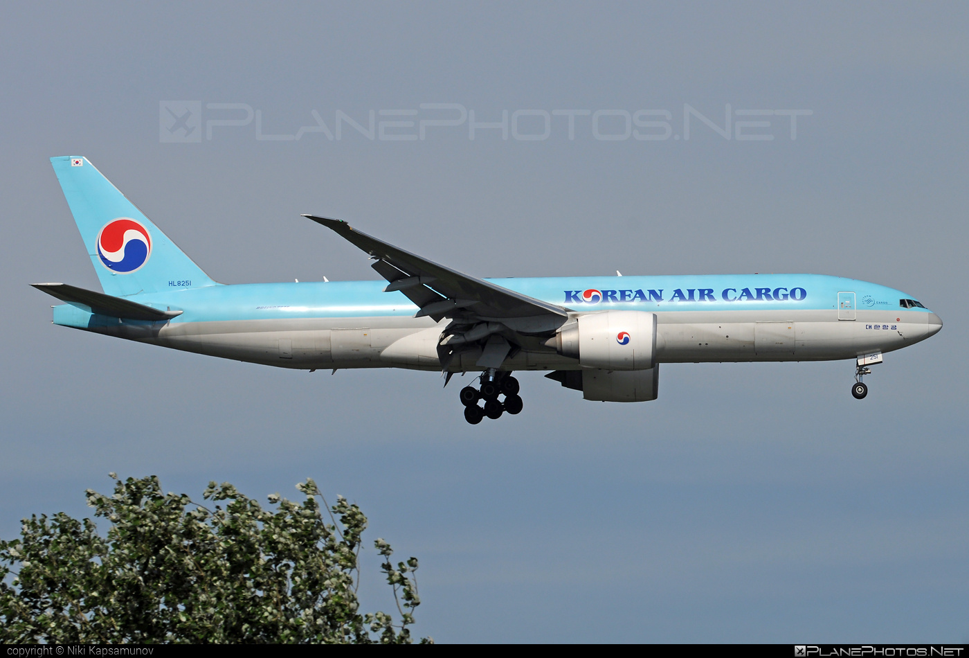Boeing 777F - HL8251 operated by Korean Air Cargo #b777 #b777f #b777freighter #boeing #boeing777 #koreanair #koreanaircargo #tripleseven