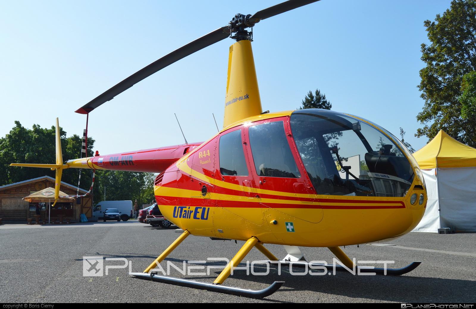 Robinson R44 Raven - OM-AVR operated by UTair Europe #robinson #utair #utaireurope