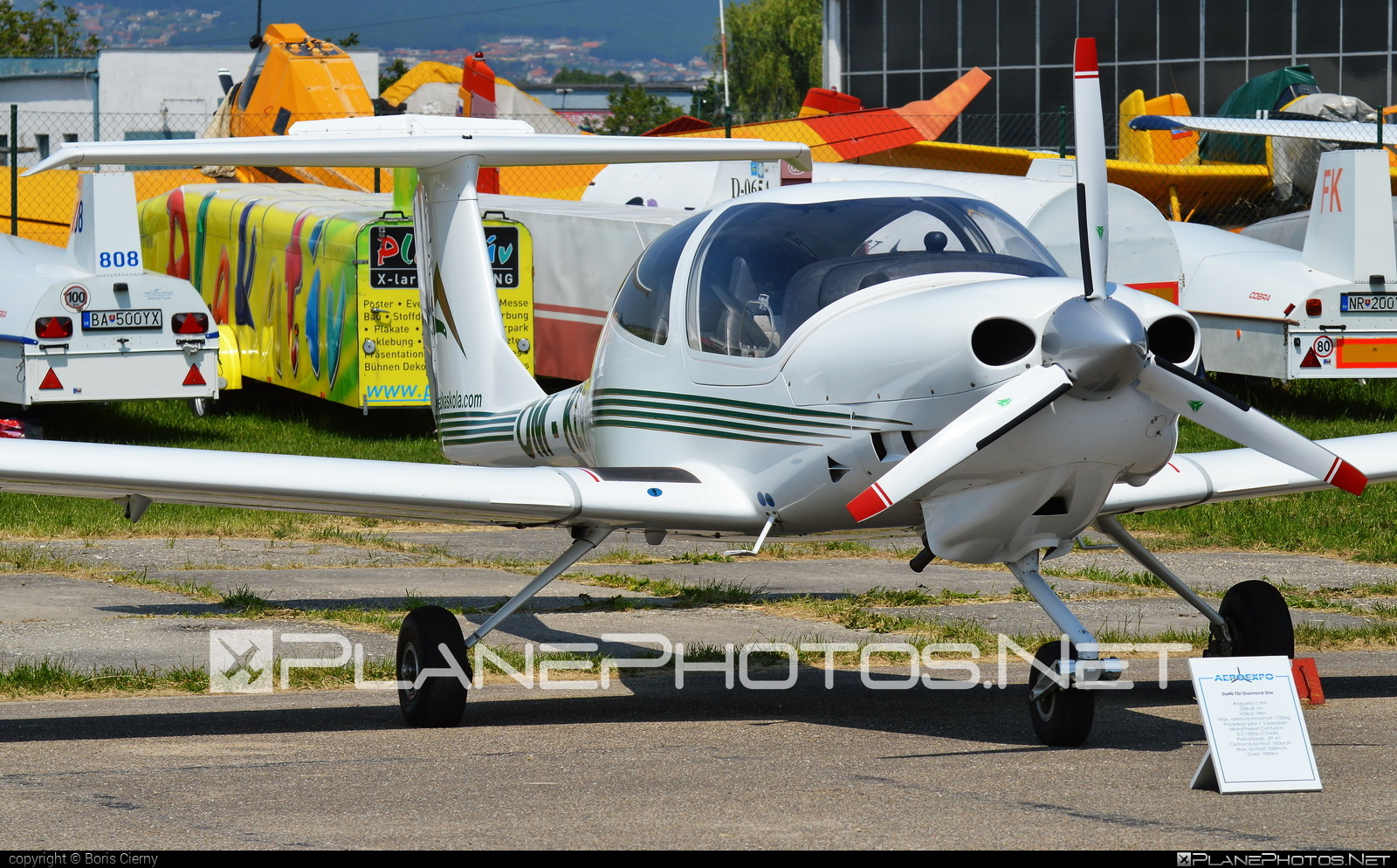 Diamond DA40 TDI Diamond Star - OM-KLV operated by Seagle Air FTO #diamond