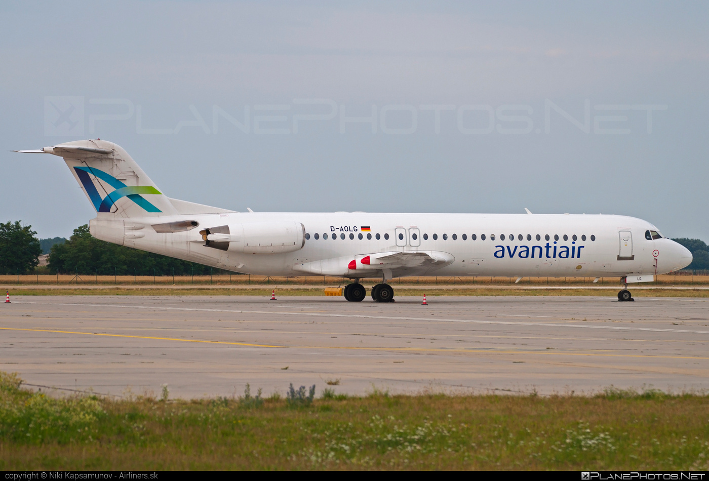 Fokker 100 - D-AOLG operated by avantiair #fokker