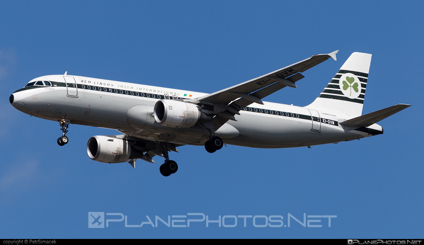 Airbus A320-214 - EI-DVM operated by Aer Lingus #a320 #a320family #aerlingus #airbus #airbus320 #retro
