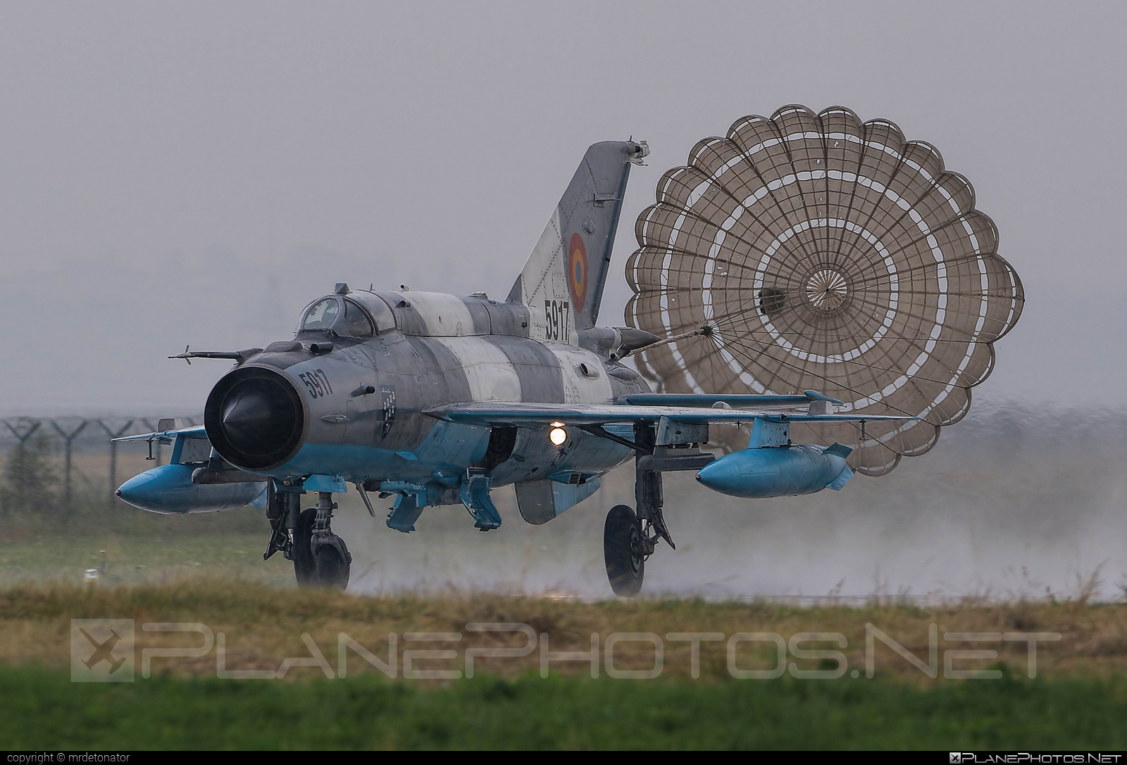 Mikoyan-Gurevich MiG-21MF - 5917 operated by Forţele Aeriene Române (Romanian Air Force) #forteleaerieneromane #mig #mig21 #mig21mf #mikoyangurevich #romanianairforce