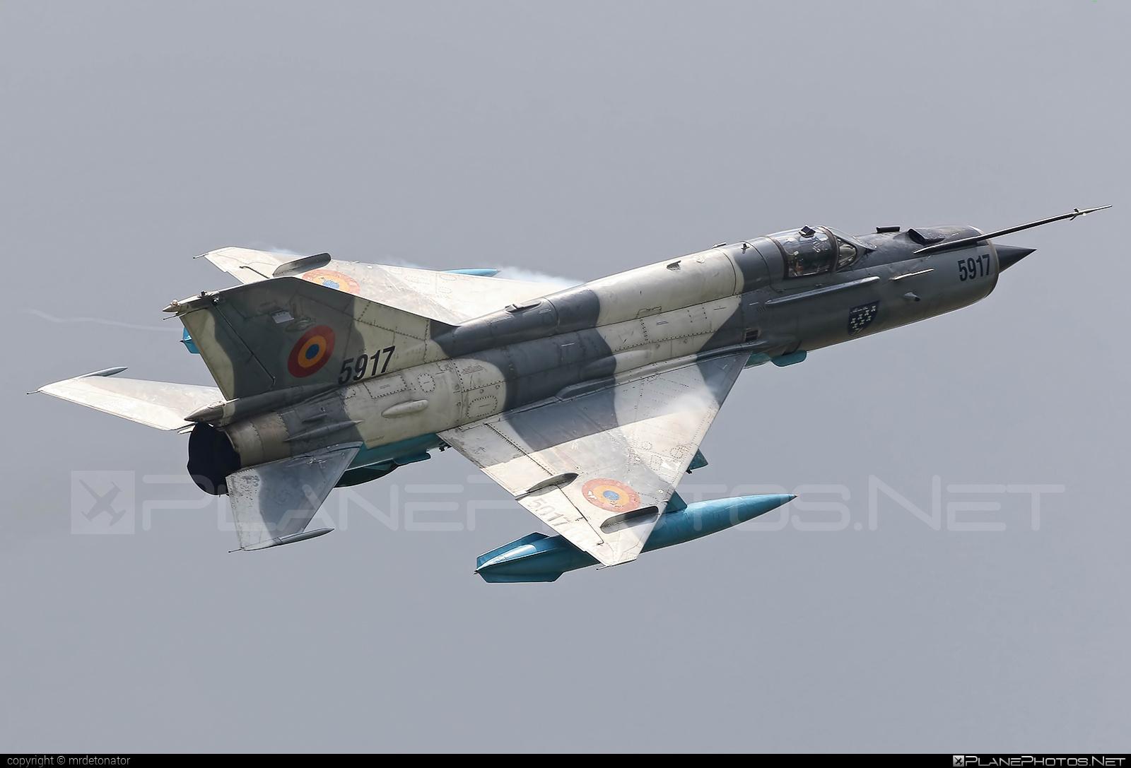 Mikoyan-Gurevich MiG-21MF - 5917 operated by Forţele Aeriene Române (Romanian Air Force) #forteleaerieneromane #mig #mig21 #mig21mf #mikoyangurevich #romanianairforce