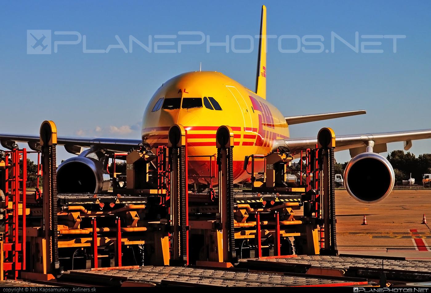 Airbus A300B4-622RF - D-AEAL operated by DHL (European Air Transport) #a300 #airbus