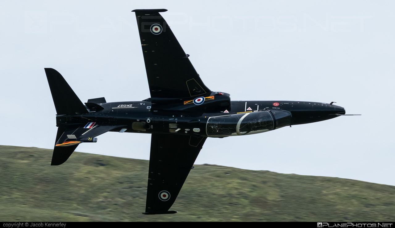 British Aerospace Hawk T2 - ZK027 operated by Royal Air Force (RAF) #britishaerospace #machloop #raf #royalairforce