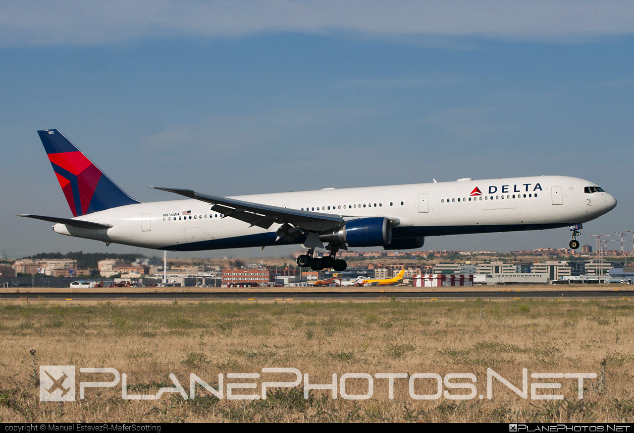 Boeing 767-400ER - N836MH operated by Delta Air Lines #b767 #b767er #boeing #boeing767 #deltaairlines
