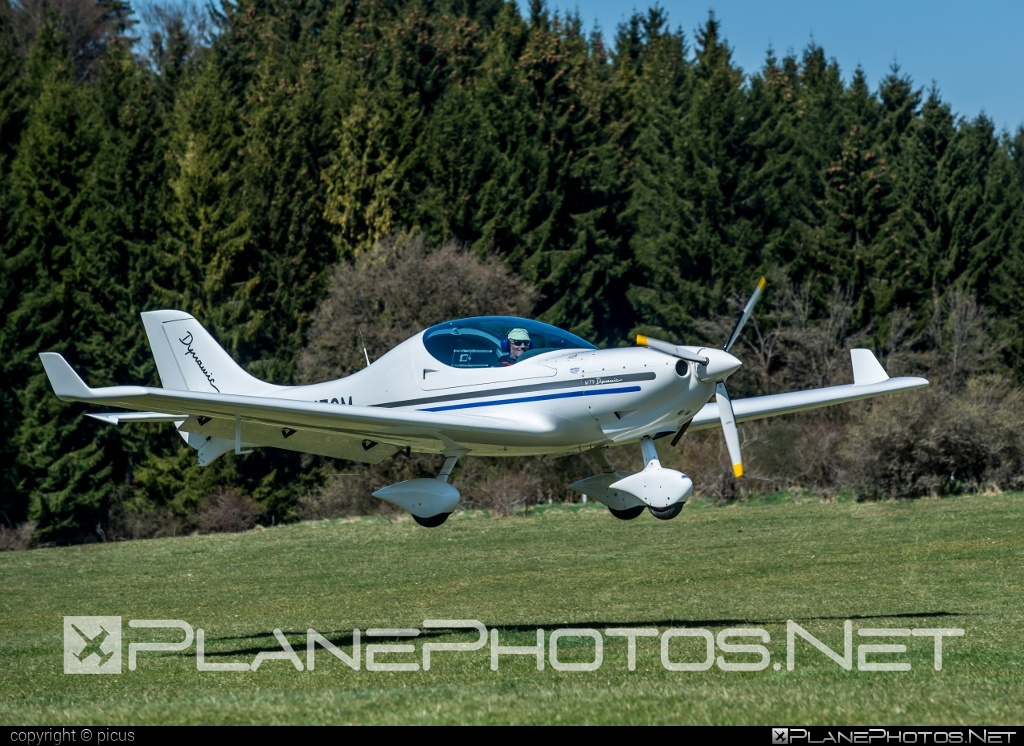 Aerospool WT9 Dynamic Turbo Tow - D-MECM operated by Private operator #aerospool #wt9 #wt9dynamic #wt9dynamicturbotow