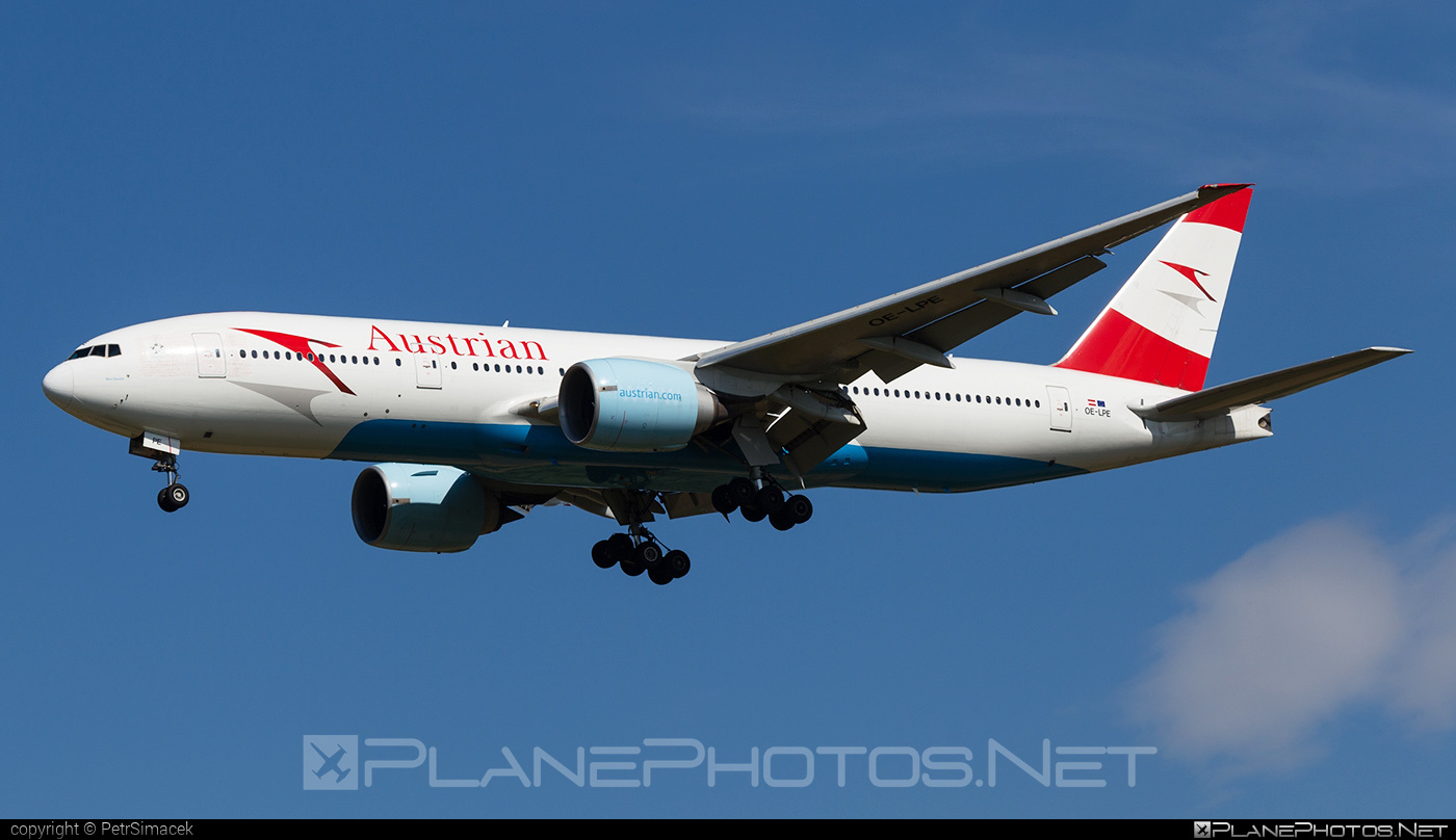 Boeing 777-200ER - OE-LPE operated by Austrian Airlines #b777 #b777er #boeing #boeing777 #tripleseven