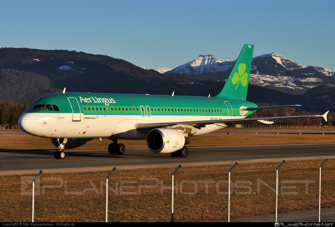 Airbus A320-214 - EI-CVC operated by Aer Lingus #a320 #a320family #aerlingus #airbus #airbus320