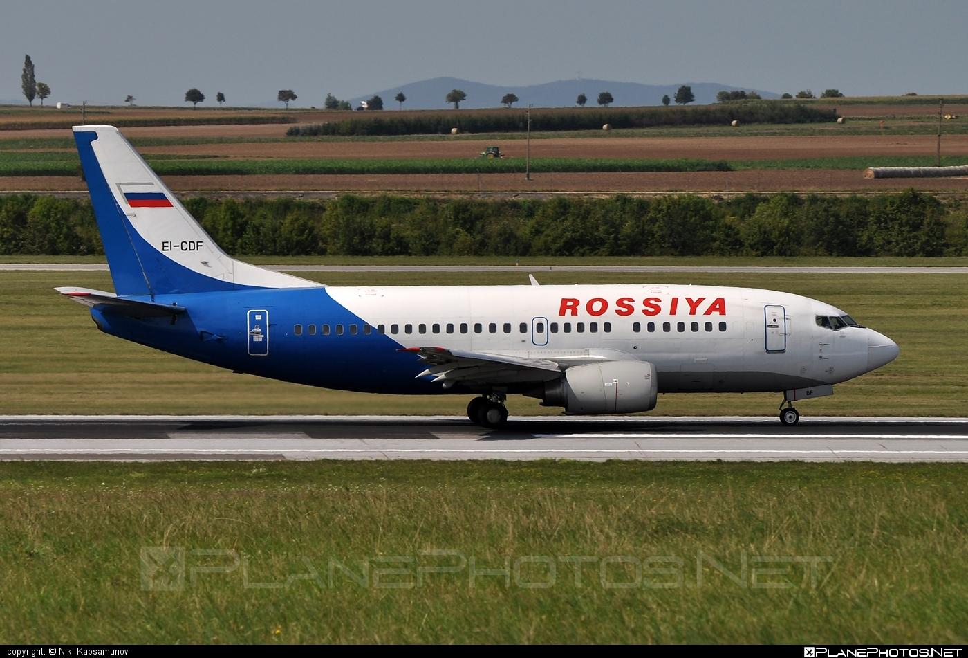 Boeing 737-500 - EI-CDF operated by Rossiya Airlines #b737 #boeing #boeing737