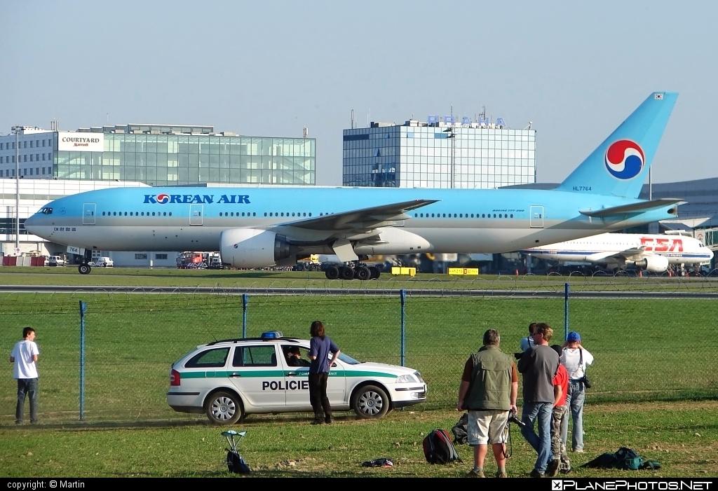 Boeing 777-200 - HL7764 operated by Korean Air #b777 #boeing #boeing777 #koreanair #tripleseven