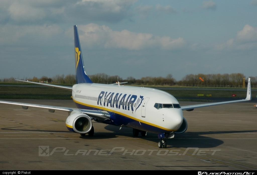 Boeing 737-800 - EI-DYX operated by Ryanair #b737 #b737nextgen #b737ng #boeing #boeing737 #ryanair