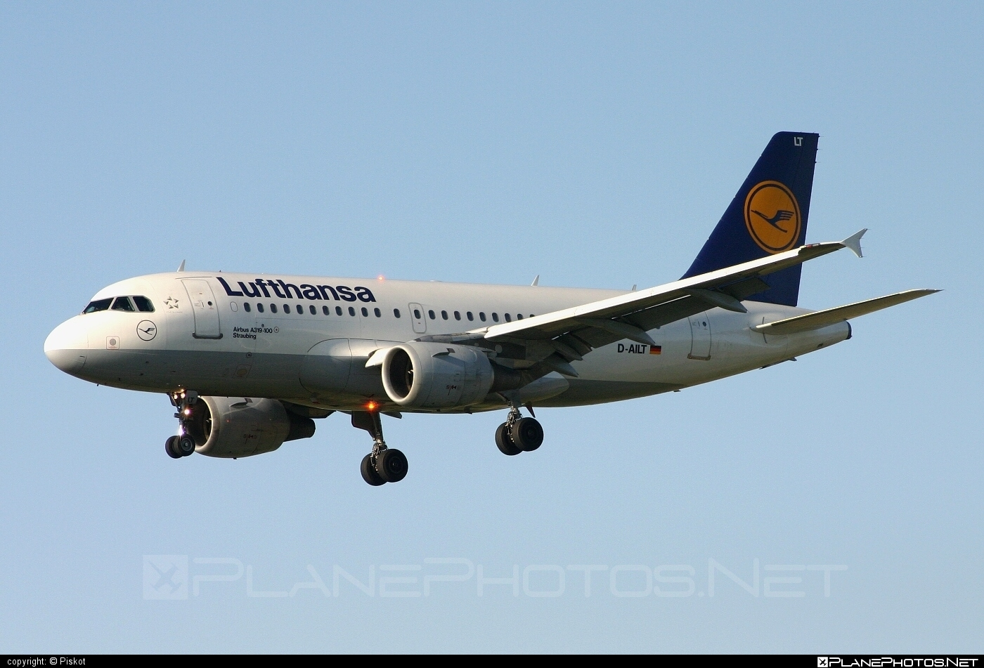 Airbus A319-114 - D-AILT operated by Lufthansa #a319 #a320family #airbus #airbus319 #lufthansa