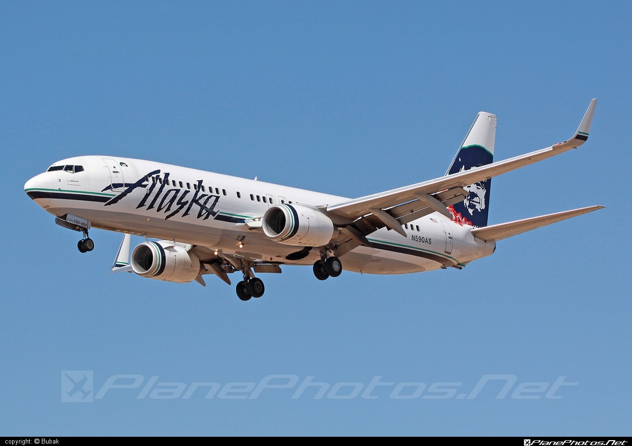 Boeing 737-800 - N590AS operated by Alaska Airlines #b737 #b737nextgen #b737ng #boeing #boeing737