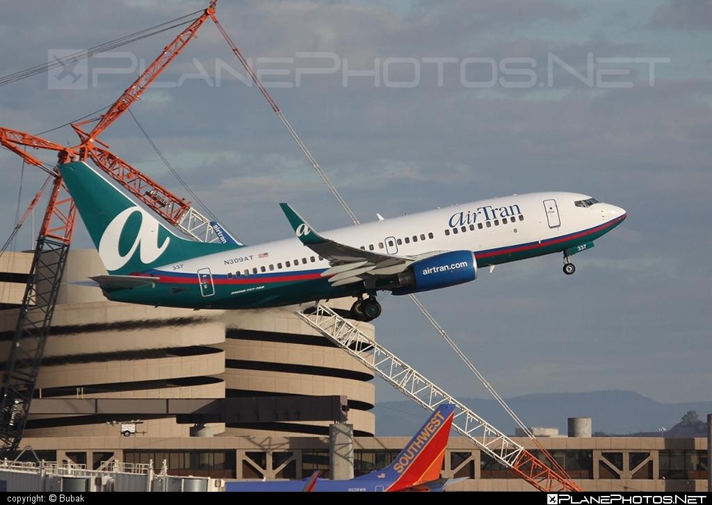 Boeing 737-700 - N309AT operated by airTran Airways #b737 #b737nextgen #b737ng #boeing #boeing737