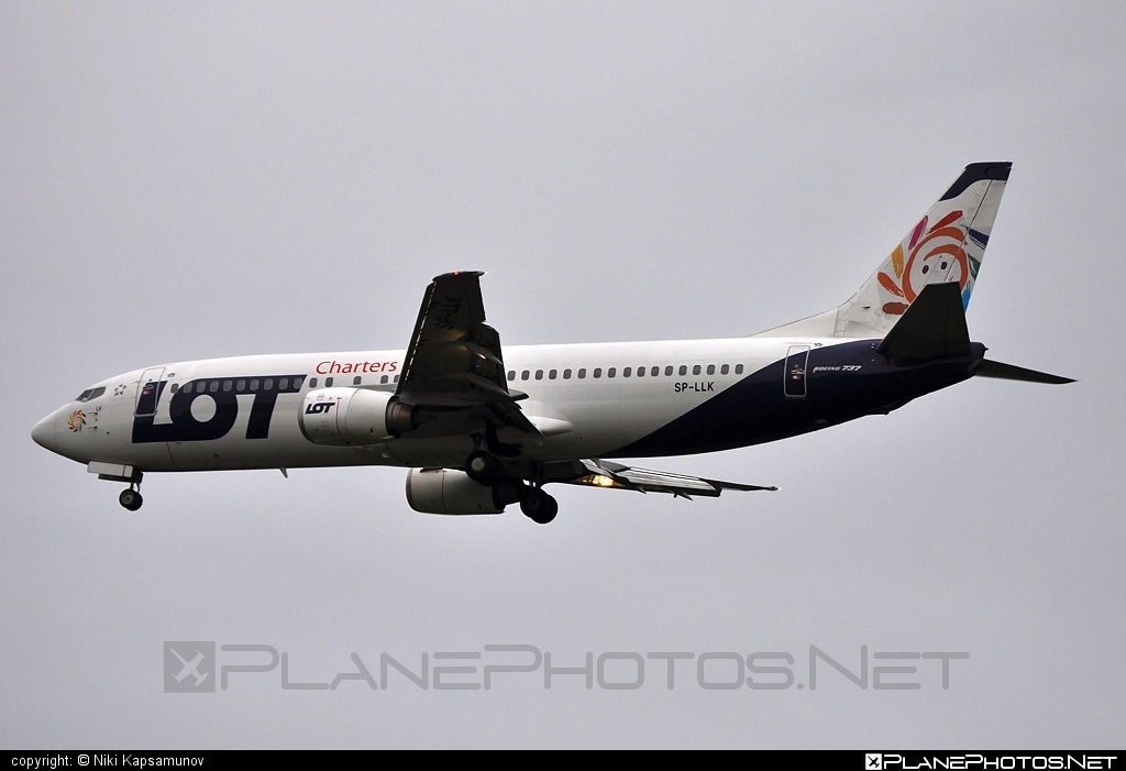 Boeing 737-400 - SP-LLK operated by LOT Charters #b737 #boeing #boeing737