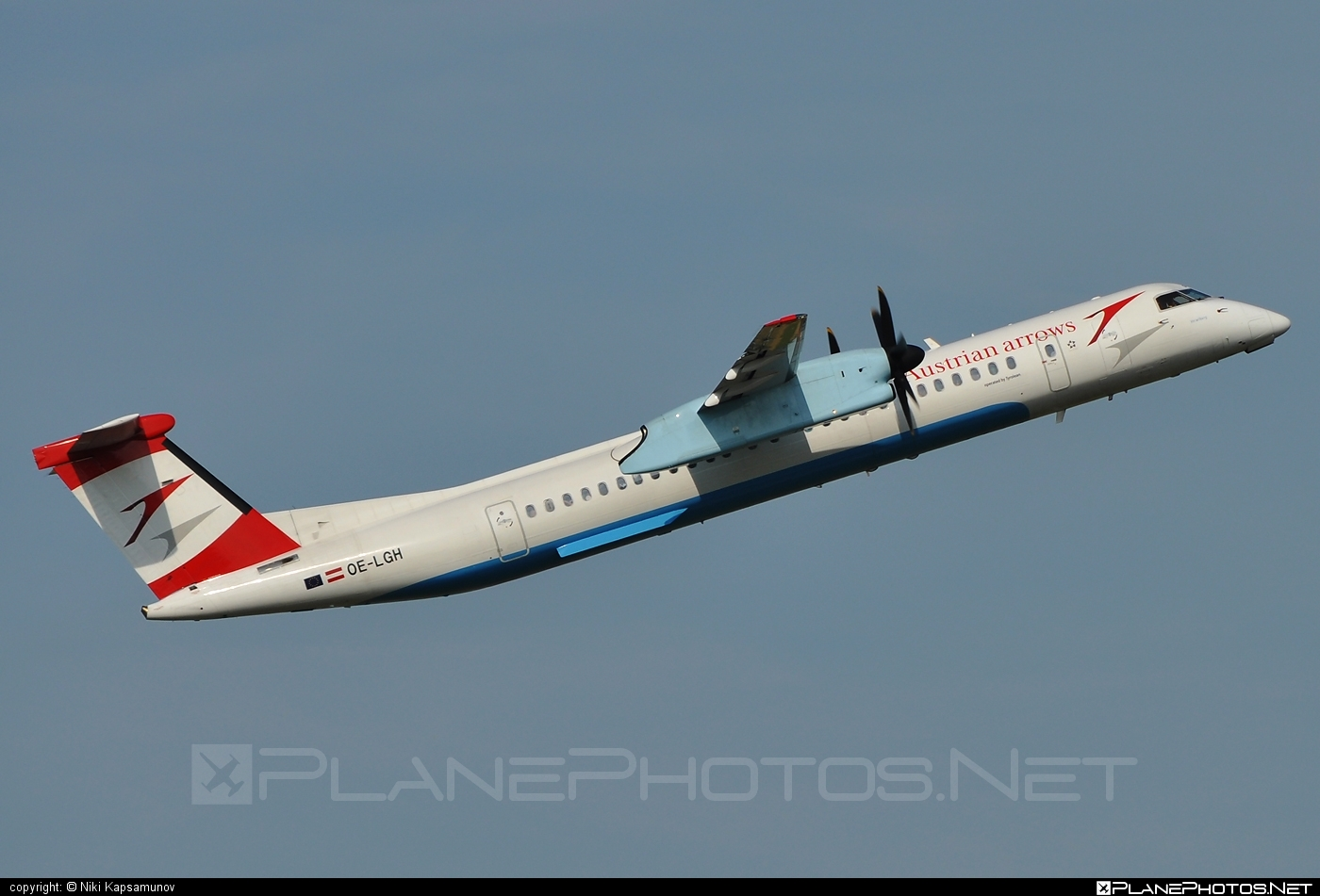 Bombardier DHC-8-Q402 Dash 8 - OE-LGH operated by Austrian arrows (Tyrolean Airways) #bombardier #dash8 #dhc8 #dhc8q402