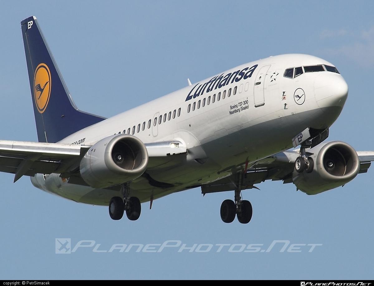 Boeing 737-300 - D-ABEP operated by Lufthansa #b737 #boeing #boeing737 #lufthansa
