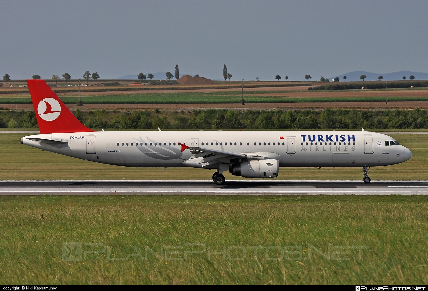 Airbus A321-231 - TC-JRF operated by Turkish Airlines #a320family #a321 #airbus #airbus321 #turkishairlines
